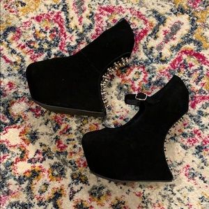Jeffrey Campbell night envi